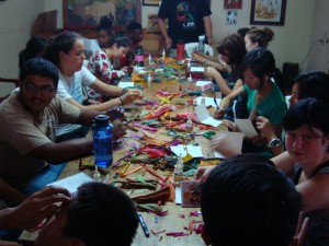 At Casa de Cultura, we learned about the art of Tusa using dyed corn husks, and made cards of our own!
